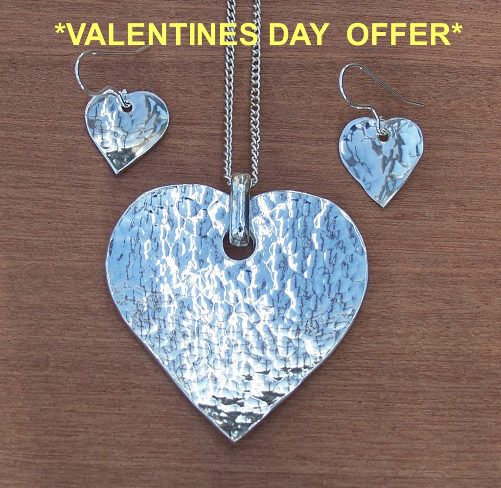 Hammered heart pendant and earrings offer